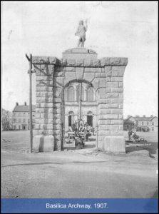 Basilica Archway, 1907