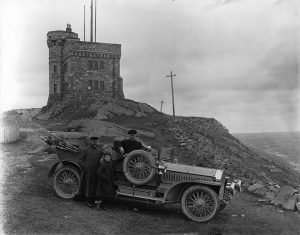H.D. Reid's automobile at Cabot Tower, Signal Hill, St. John's, NL, 1908