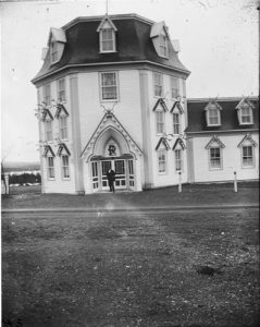Photo Credit: The Rooms Provincial Archives. E 19 – 31. Octagon Castle, Topsail